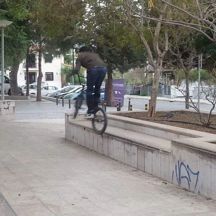 Quick line from @dkapone7 in Nicosia #feeble #barspin #nicosia #cyprusbmx