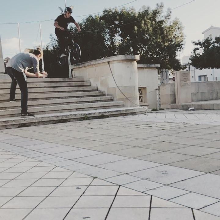 Good morning with cool slow motions )) Smith 180 by @ilyalandskoi #bmx #cyprusbmx #tailwhip…